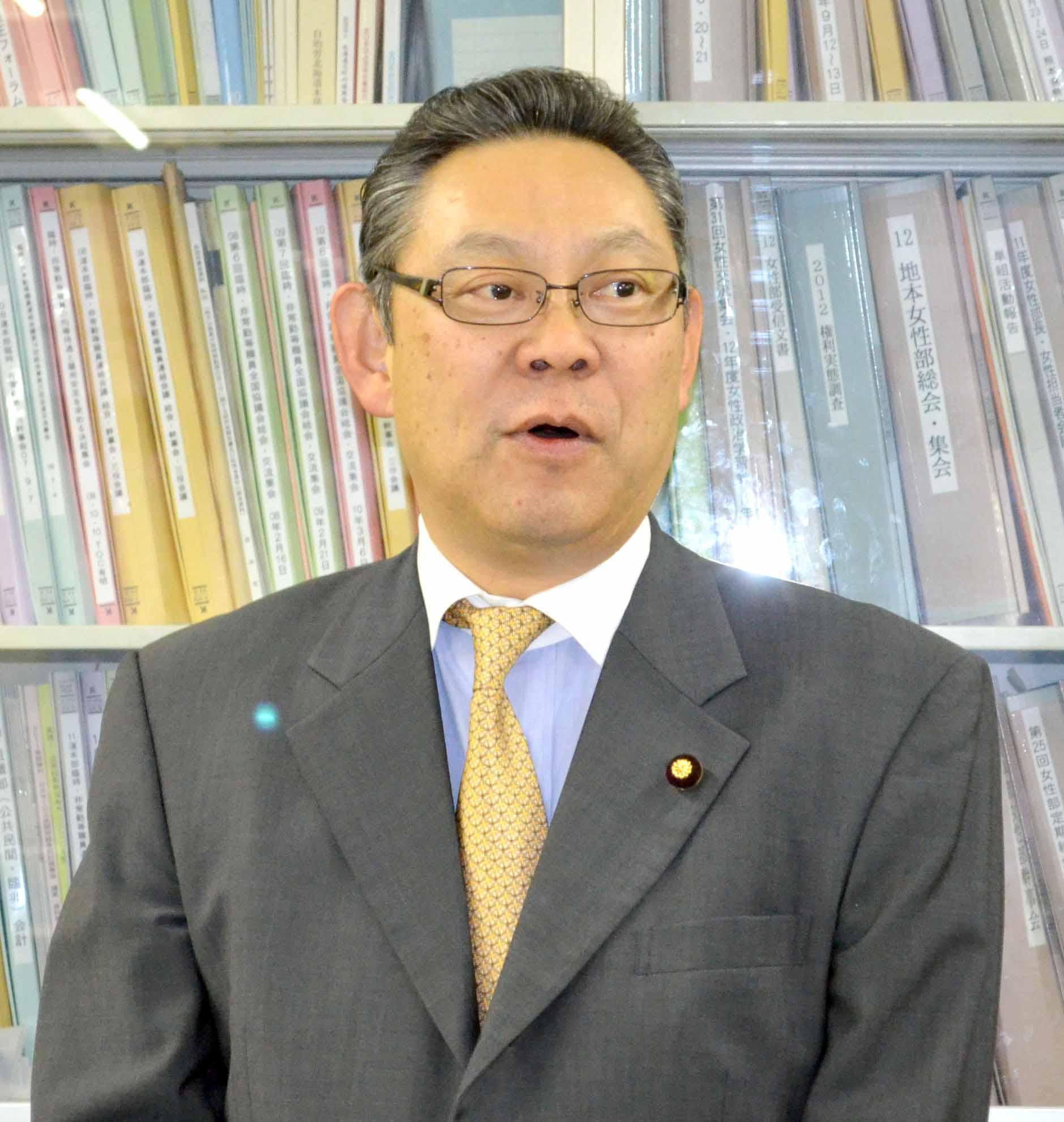 小川勝也 20141218小川参議来局DSC_0003
